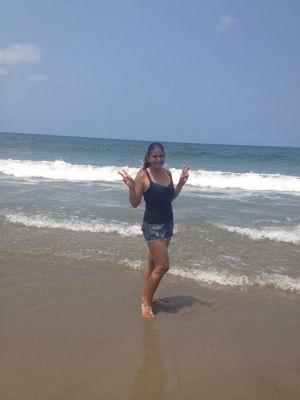 Disfrutando de las playas de Tela.